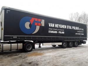 Reklama na plandekach (Van Heyghen Stal Polska)
