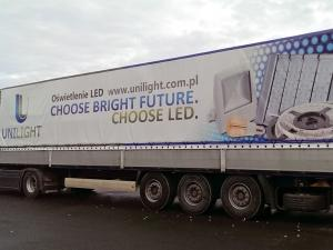 Reklama-na-plandekach-031 (UNILIGHT)