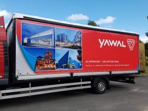 Reklama na plandekach (YAWAL)